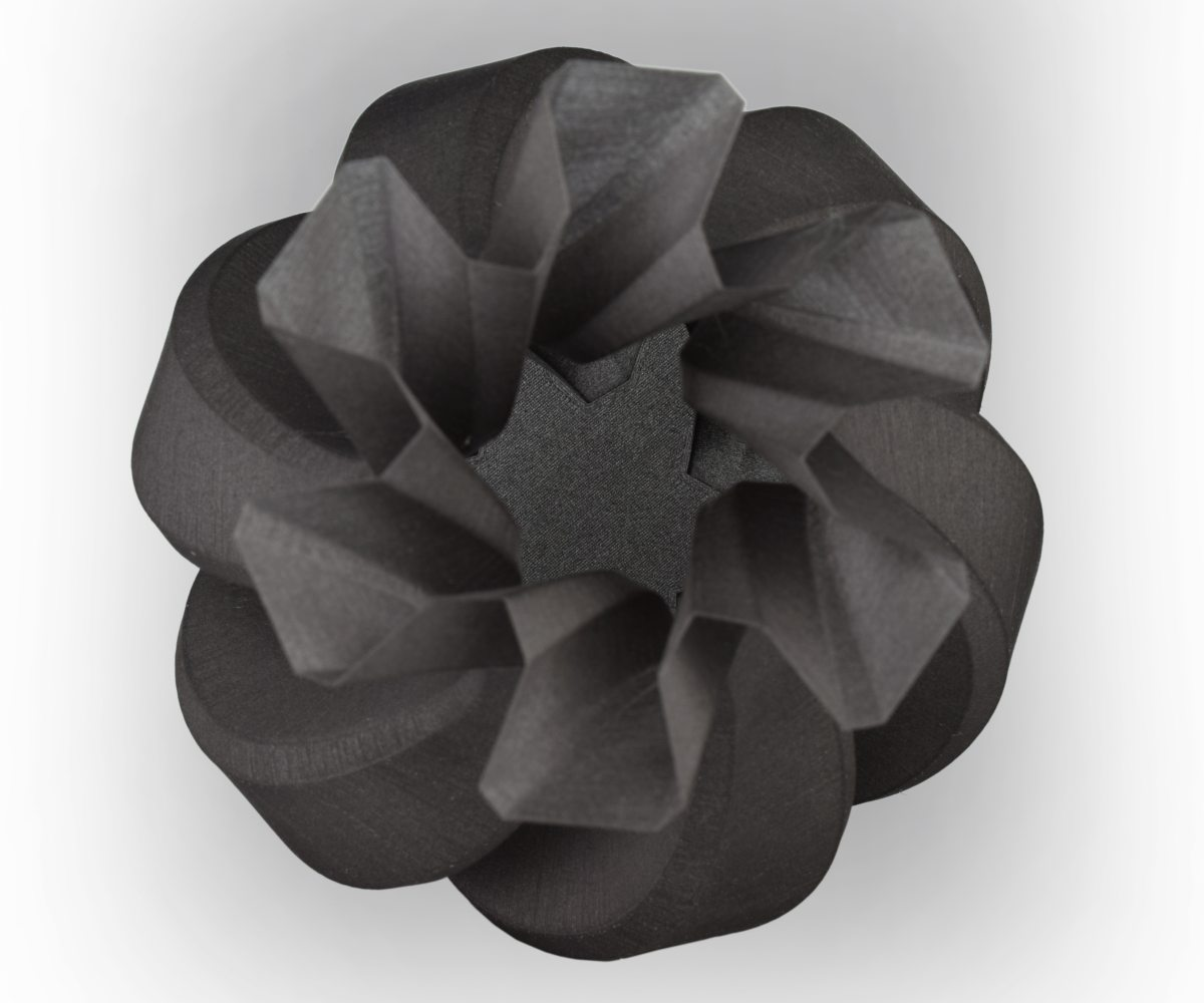 ROSA3D PLA CarbonLook Vase Top View